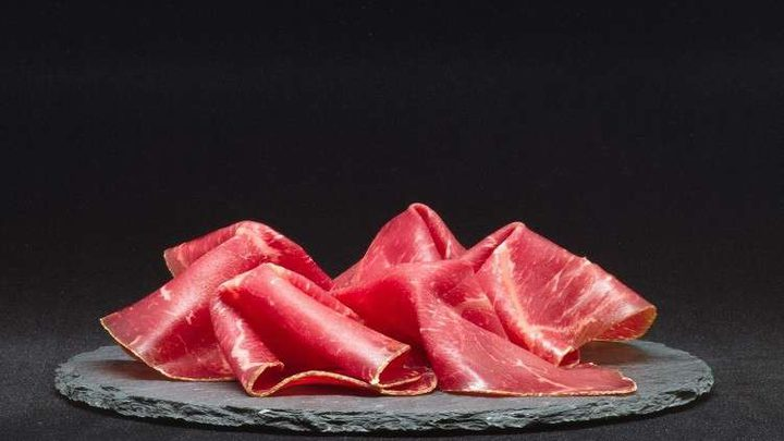 تقرير يكشف ارتباط اللحوم المعالجة بالسرطان