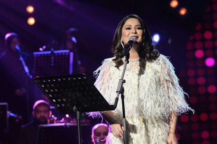 نوال الكويتية تثير ضجة بإلغاء حفلها في السعودية
