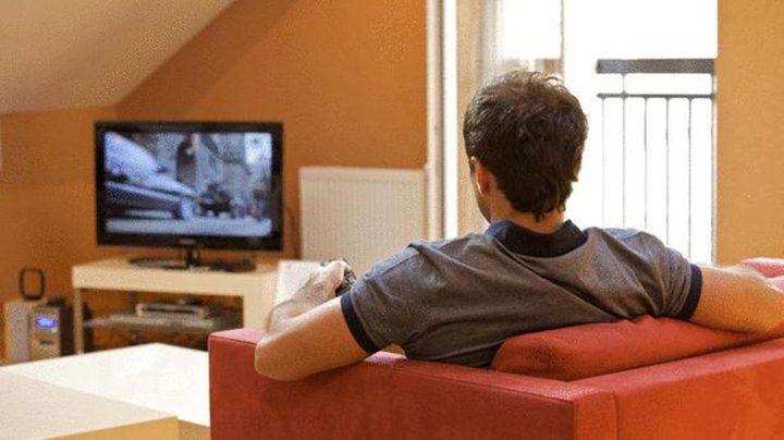 الجلوس لساعات طويلة يودى بحياة 50 ألف شخص في بريطانيا كل عام