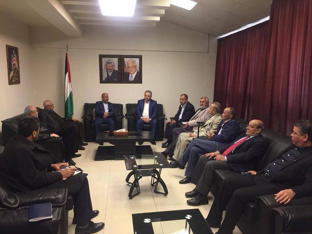 أبو هولي يبحث مع رؤساء اللجان الشعبية احتياجات المخيمات في لبنان