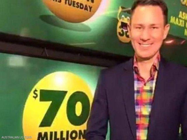 """الرجل الأكثر حظا في العالم.. """"فوز مزدوج"""" بـ 33 مليون دولار"""