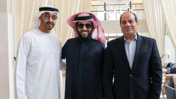 تركي آل الشيخ يحذف تعليقا على صورة مع السيسي وبن زايد!