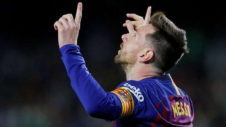 """ميسي يفوز بجائزة """"الهدف الأفضل"""" في تاريخ برشلونة"""