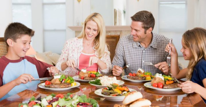 دراسة: تناول الطعام في مواعيد منتظمة يوميا يمنع نمو الأورام