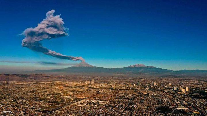"""رفع حالة التأهب في المكسيك بسبب """"البركان الثائر"""""""
