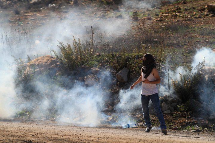 إصابات بالرصاص والاختناق خلال قمع الاحتلال مسيرة المغير