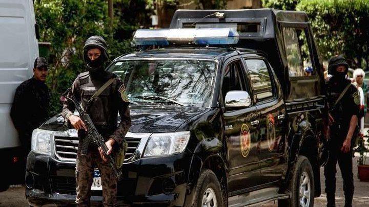 والدان مصريان يقتلان ابنهما لسبب أخلاقي
