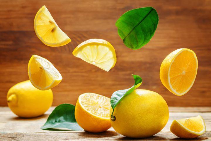 فوائد الليمون كثيرة أبرزها حماية القلب والبشرة