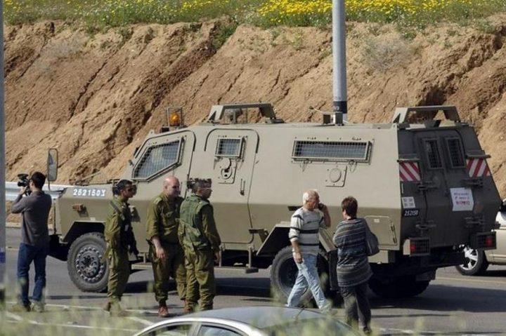 الاحتلال يغلق مداخل عزون شرق قلقيلية