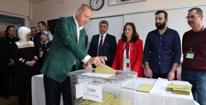 النتائج الأولية للانتخابات المحلية التركية