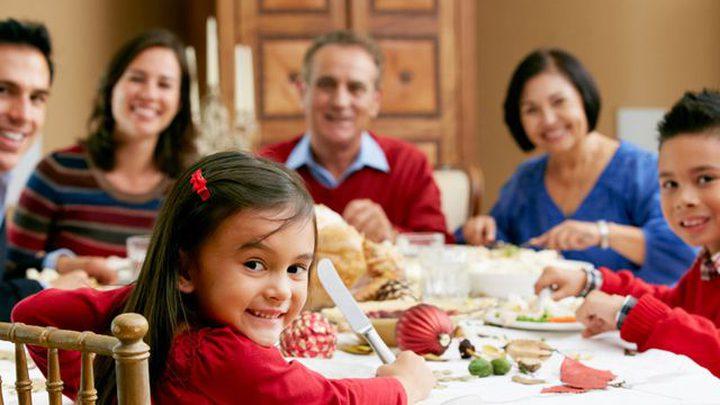 تعرفوا على الفوائد الصحية والنفسية لتناول الطعام مع الأسرة
