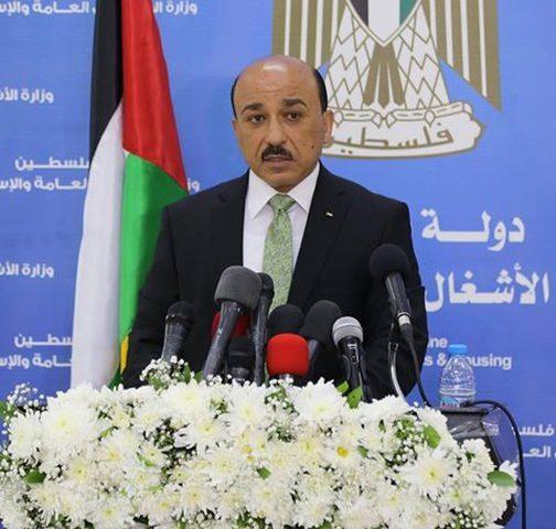 الحساينة: تحويل 2 مليون دولار لمشاريع البنية التحتية في غزة
