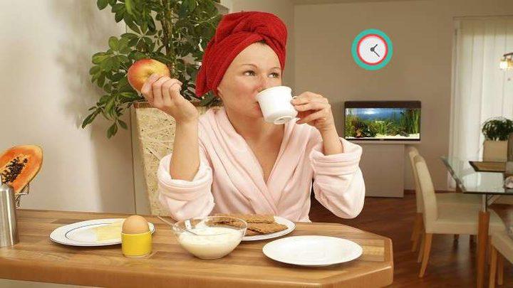 أوقات تناول الطعام تؤثر في نمو الأورام