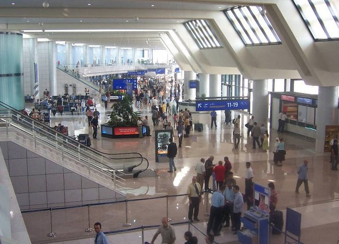 الجزائر: منع الطائرات الخاصة من الإقلاع أو الهبوط لمدة شهر