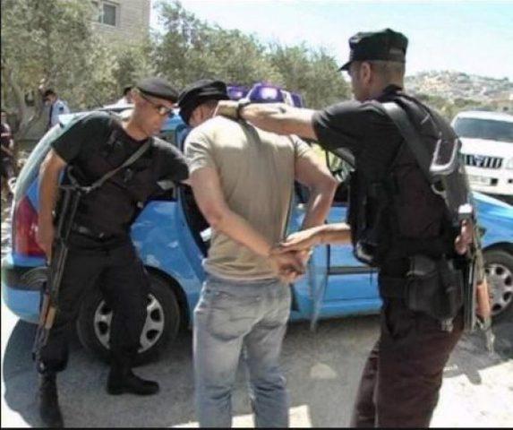 الشرطة تلقي القبض على 6 اشخاص مشتبه بهم بلعب القمار
