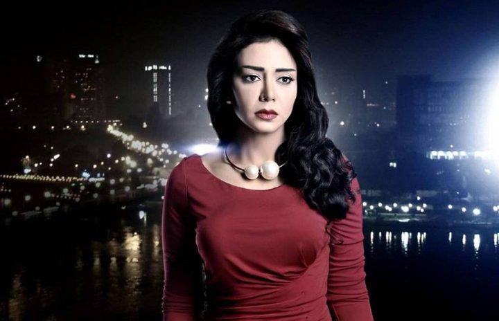 """رانيا يوسف تعلن مشاركتها في مسلسل عالمي والجمهور يصفها بالـ""""كذبة"""""""