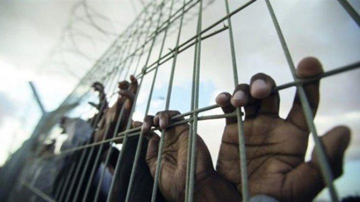 الأسيرة شاتيلا عياد و7 آخرين يدخلون أعوامًا جديدة في السجون
