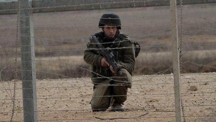 قوات الاحتلال تعتقل 3 شبان بزعم اجتياز السياج الفاصل