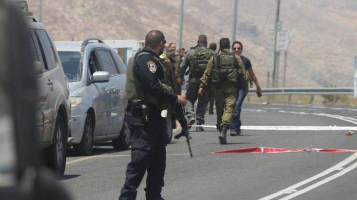 الاحتلال يعتقل فتى من عزون ويواصل حصارها لليوم السابع على التوالي