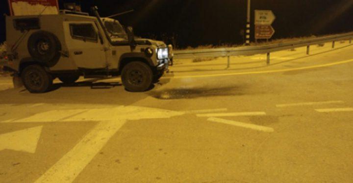 الإعلام العبري يزعم إطلاق نار على حافلة للمستوطنين شمال الخليل