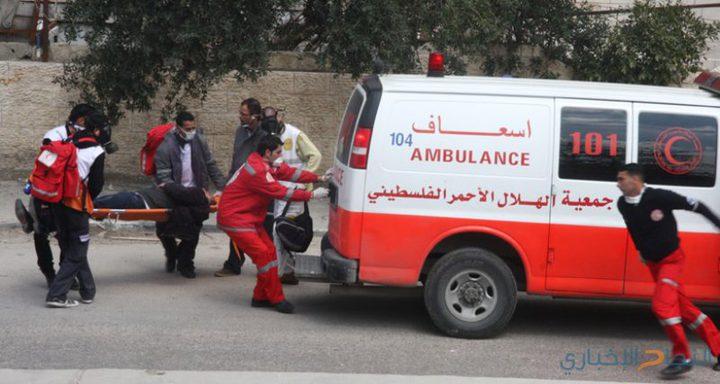 اصابة فتى بجروح بليغة عقب دهسه من قبل مستوطن شرق يطا