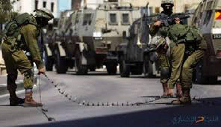الاحتلال ينصب الحواجز ويكثف تواجده العسكري جنوب جنين