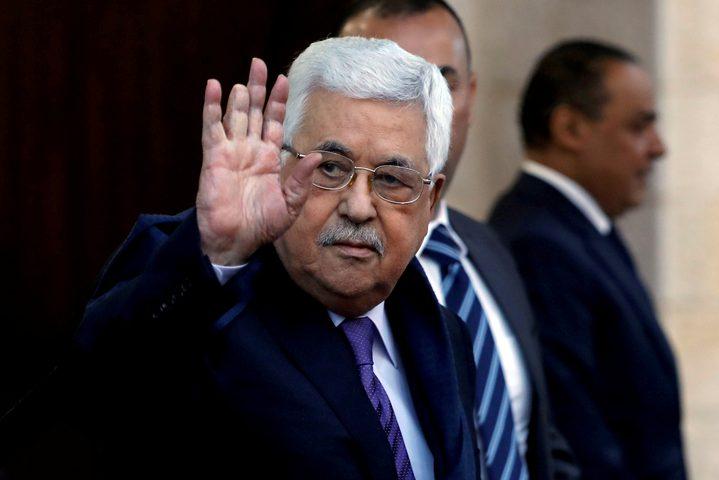 الرئيس عباس يلتقي عددا من المستثمرين العرب
