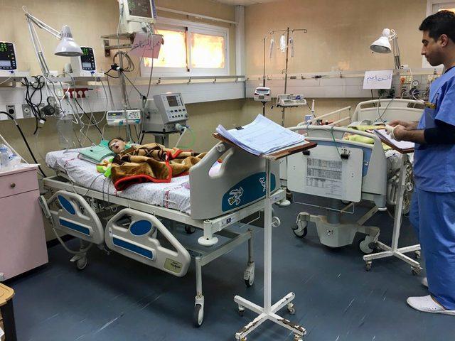 غزة: الأطر الطبية تعلق الدوام في المستشفيات الحكومية غدا