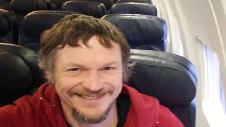 لتواني يطير وحيدا على متن طائرة ركاب تتسع لـ 188 شخصا