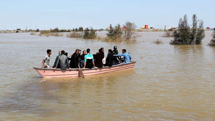 """""""السيلفي"""" الأخيرة قبل الغرق في فيضانات إيران"""