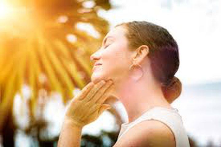 هل يتم تطبيق واقي الشمس على البشرة بشكل صحيح