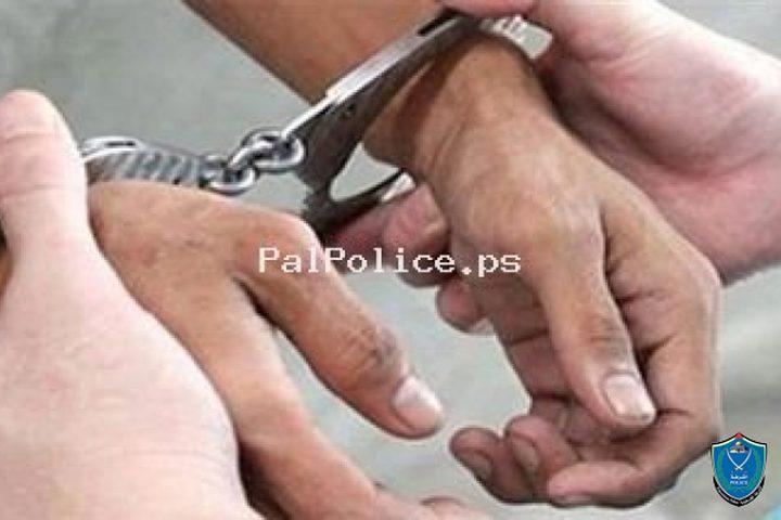 الشرطة تكشف ملابسات سرقة مصاغ ذهبي
