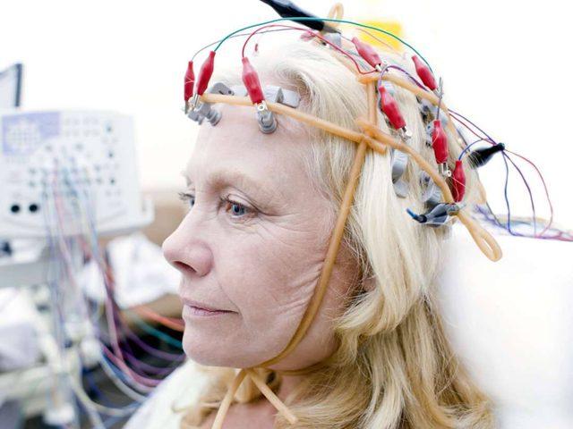 علماء يكتشفون طريقة لمحاربة تدهور الذاكرة المرتبط بالعمر
