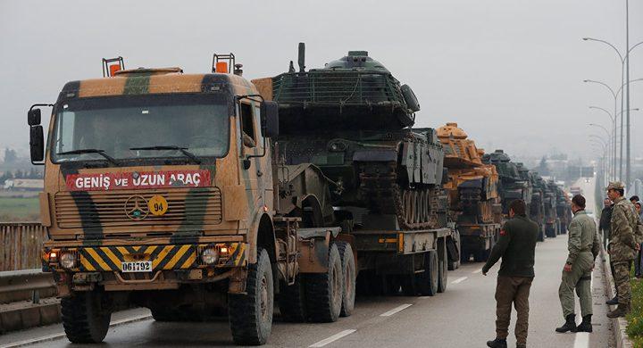 """الجيش التركي يعزز وحداته قرب سوريا بعناصر """"كوماندوز"""""""