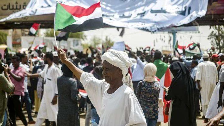 المعارضة السودانية تعلن عن 3 شروط لفض اعتصامها