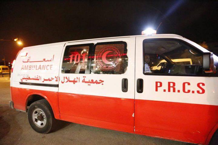 اصابة حرجة لطفلة سقطت من علو في بلدة طمون