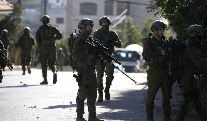 إصابة العشرات بالاختناق في محيط المدارس بالخليل
