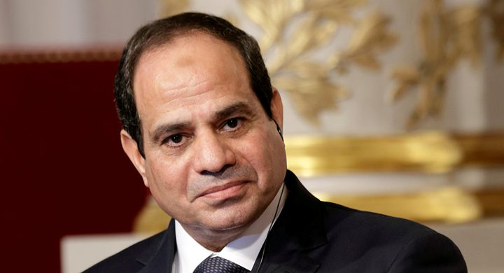 السيسي يؤكد دعمه لرئيس المجلس الانتقالي في السودان