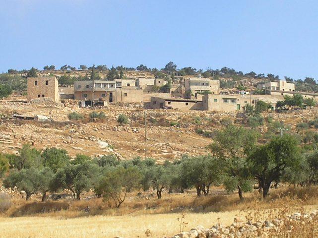 الاحتلال يستولي على مئات الدونمات ويحولها لمحمية طبيعية