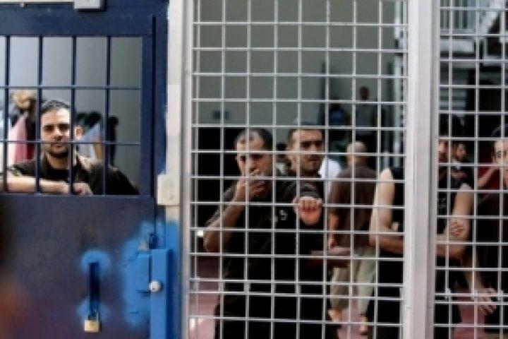 الأسرى للدراسات : أوضاع مأساوية يعيشها الأسرى في السجون