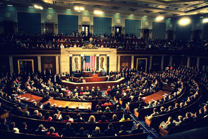 نواب ديمقراطيون يدعون لاستئناف المساعدات الأميركية للفلسطينيين