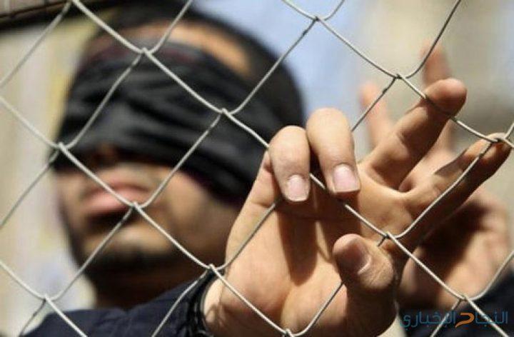 الاحتلال يفرض تعتيما على الوضع الصحي للأسير فراج