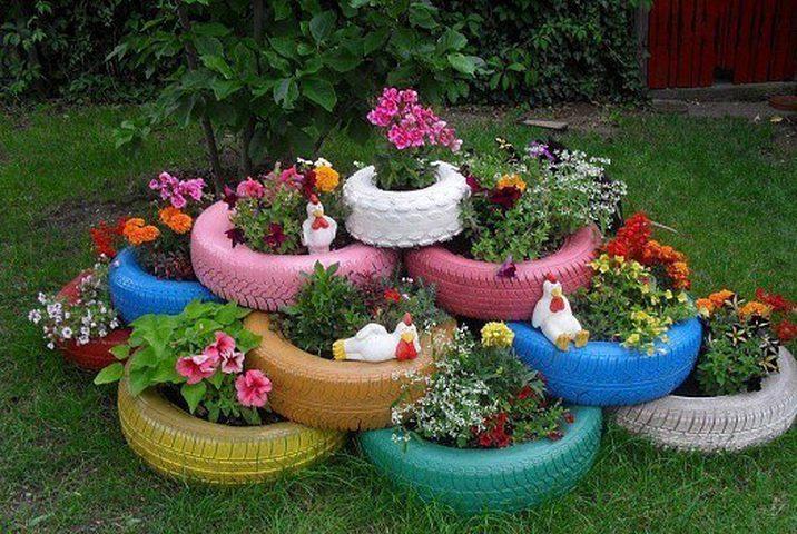 استغلال إطارات السيارات لإطلالة ريفية خلابة في حديقة المنزل