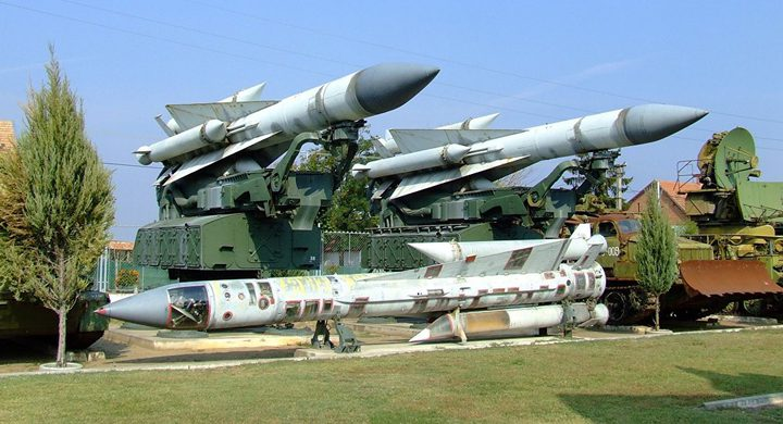 """خبراء: الصواريخ الإسرائيلية """"الفائقة"""" فشلت في سوريا"""