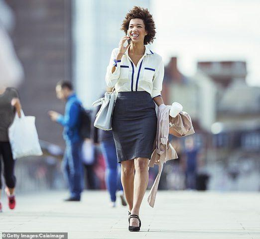 لماذا يجب عليك المشي يومياً إلى عملك اذا كنت تجلس لفترات طويلة