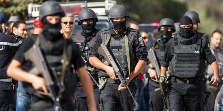 """السلطات التونسية توقف """"عملاء فرنسيين"""" قادمين بأسلحة من ليبيا"""