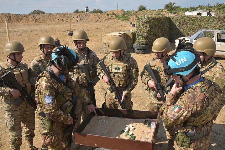 """""""اليونيفيل"""" يضاعف عدد دورياته على حدود لبنان"""
