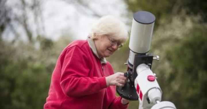 """جدة تكسب مسابقة """"ناسا""""بعد التقاطها صورة للنجوم من حديقتها الخلفية"""