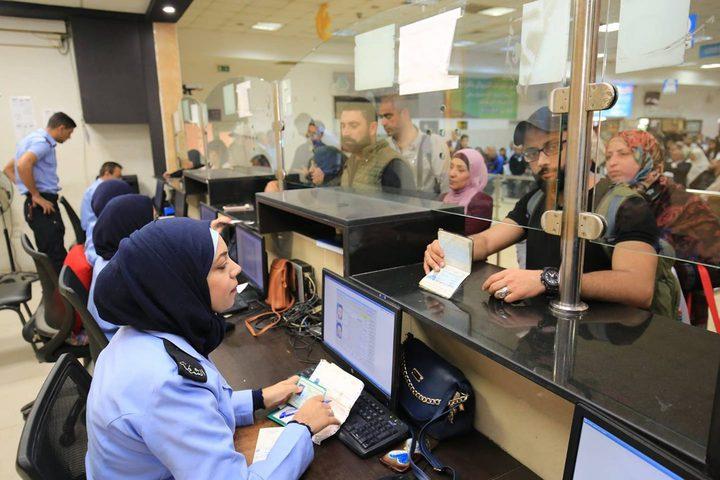 معبر الكرامة : 45 ألف مسافر تنقلوا الأسبوع الماضي