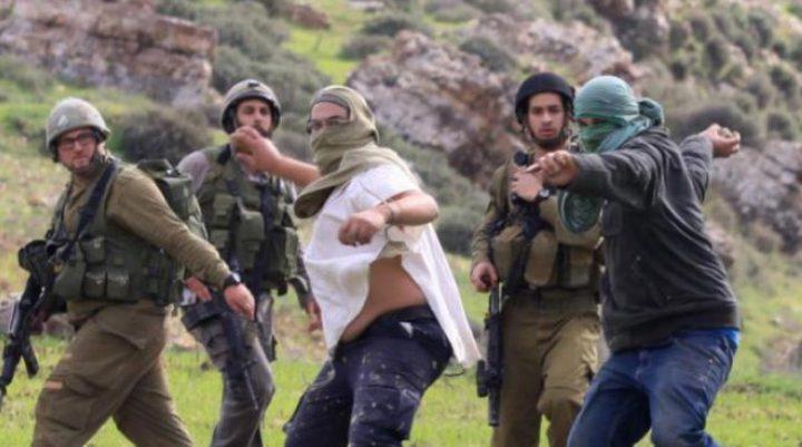 3 اصابات بجروح مختلفة جراء اعتداء المستوطنين عليهم  غرب رام الله